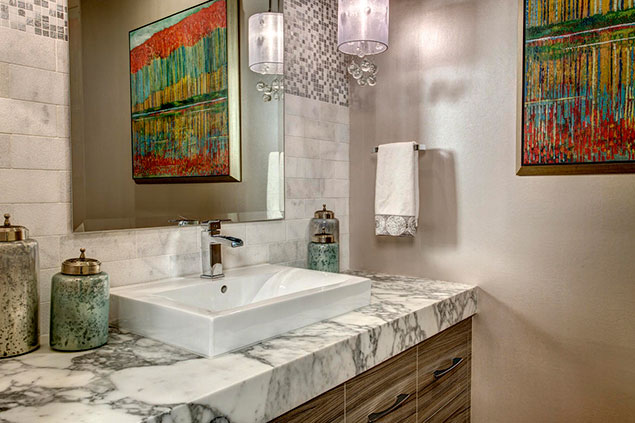 Powder Room – Traditional With A Twist