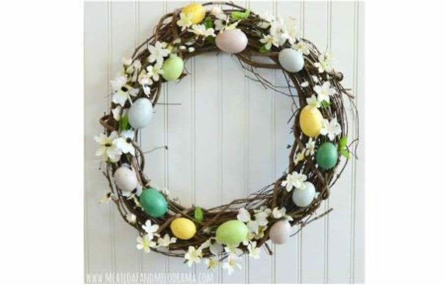 DIY Craft: Rustic Easter Egg Wreath