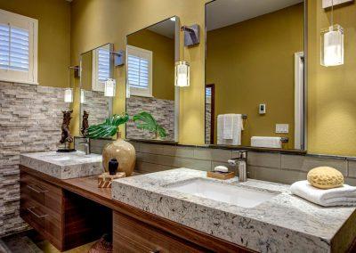 Modern Retreat – 2015 Award-Winning Master Bath