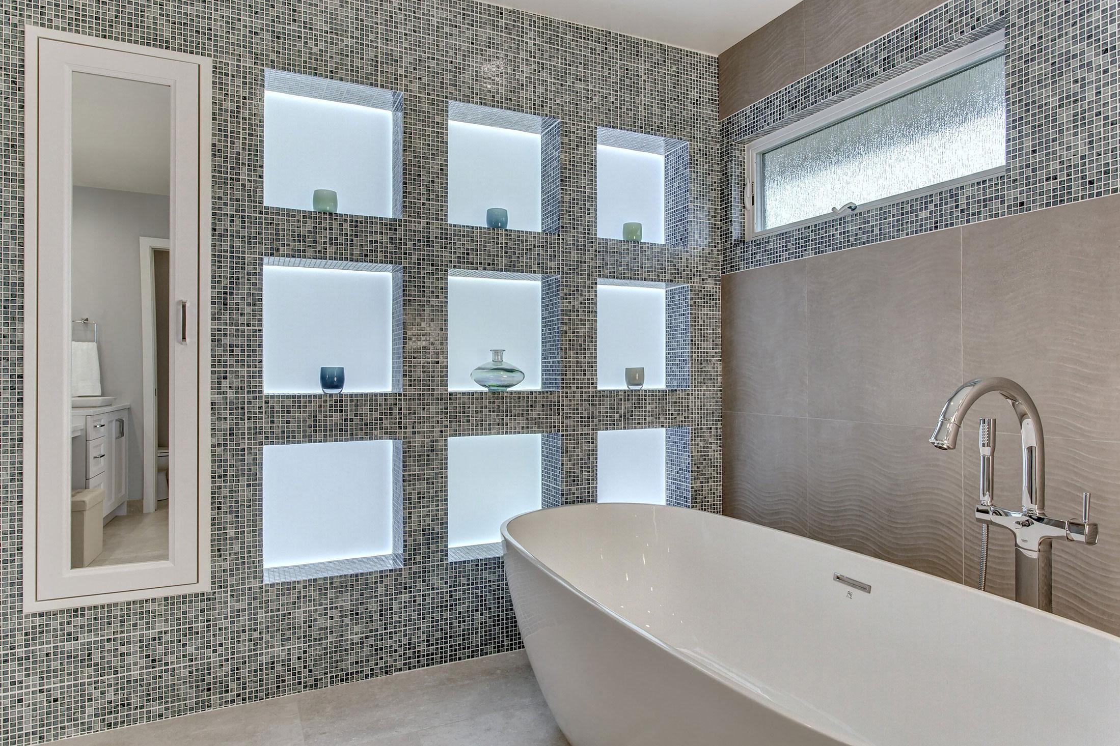 Bath03-min