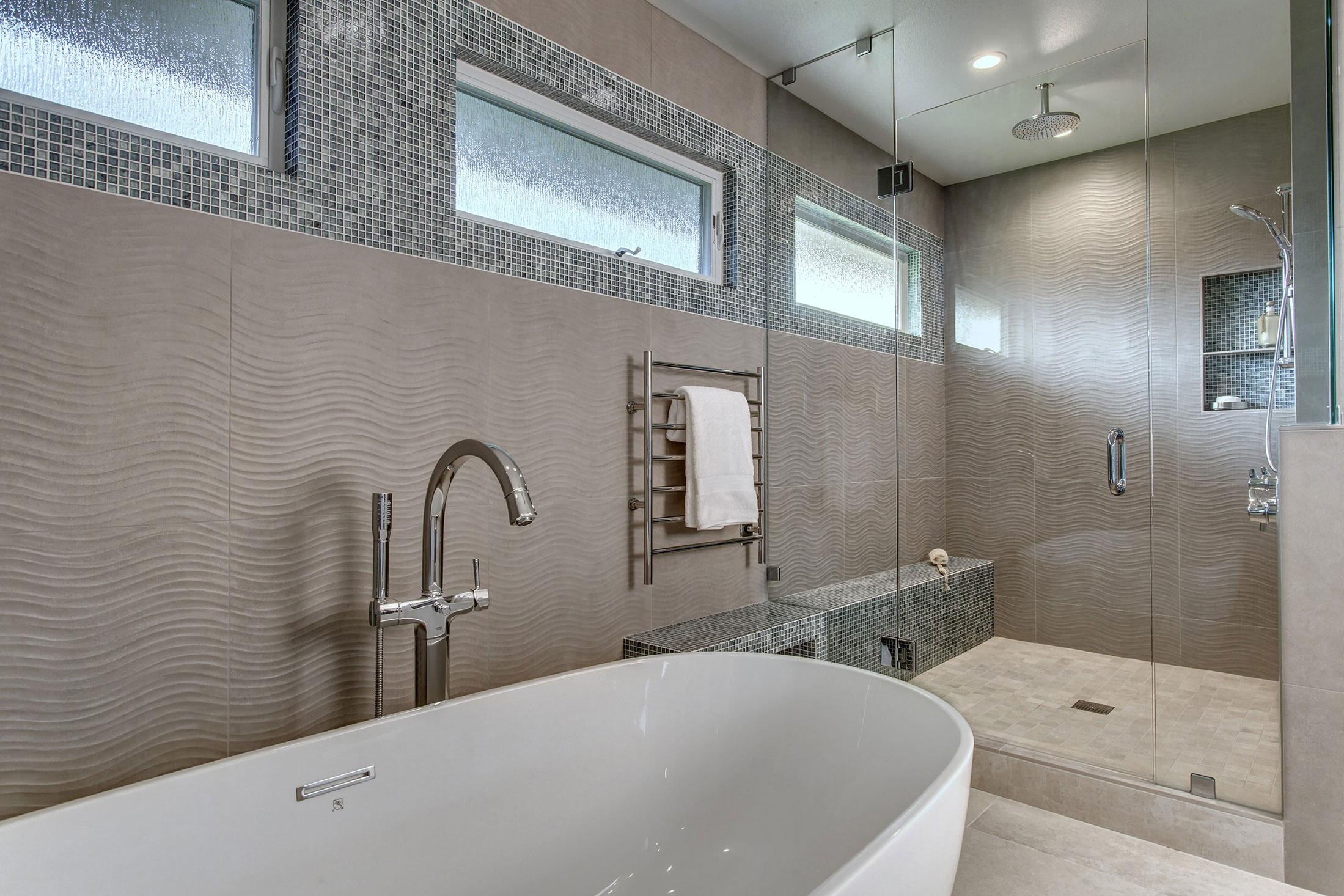 Bath06-min