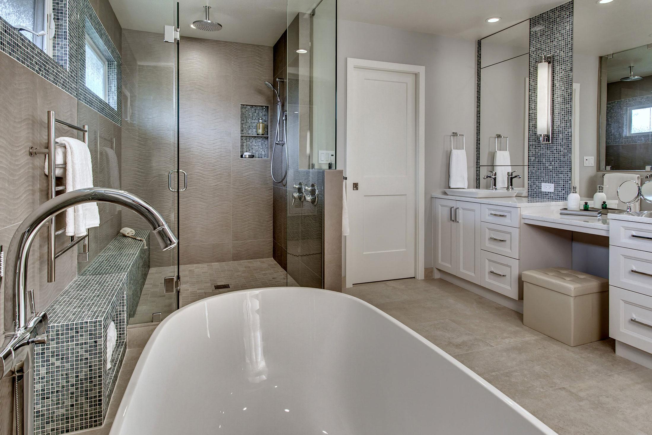 Bath07-min