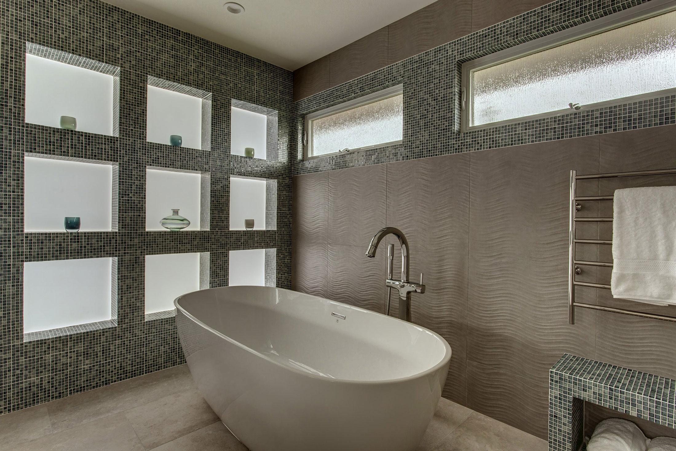 Bath10-min
