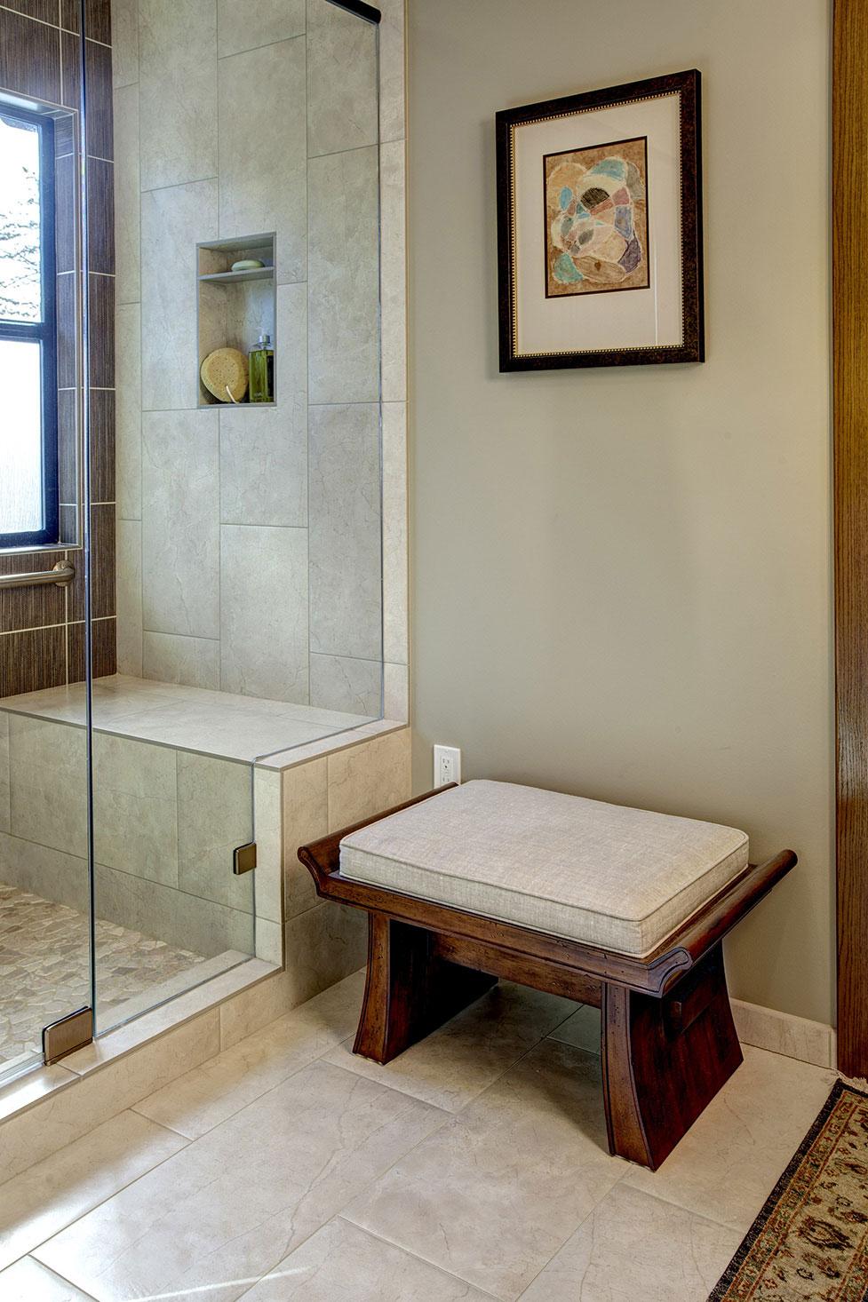 Bathroom07-min
