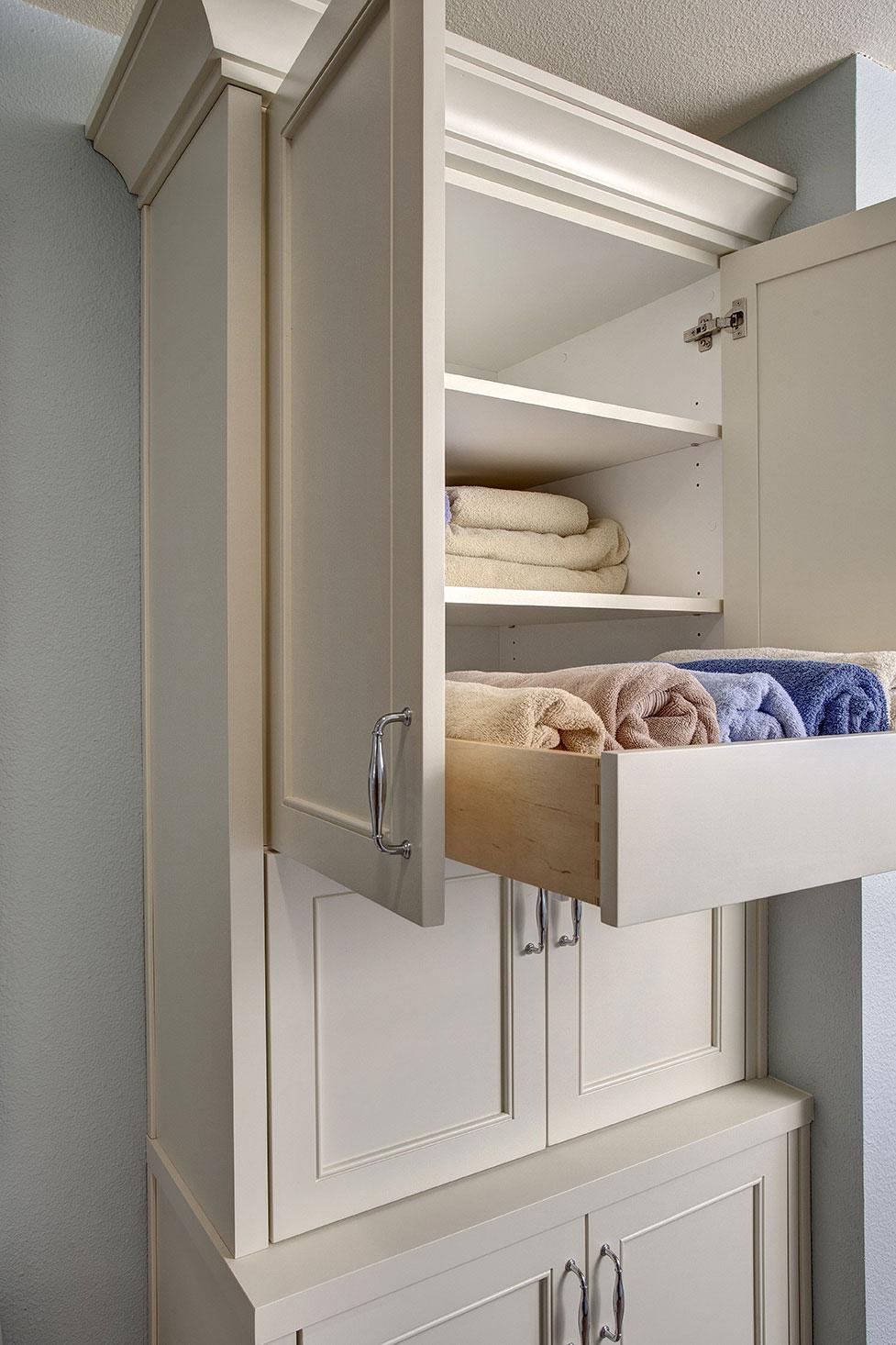 Baywood-custom-cabinet-min