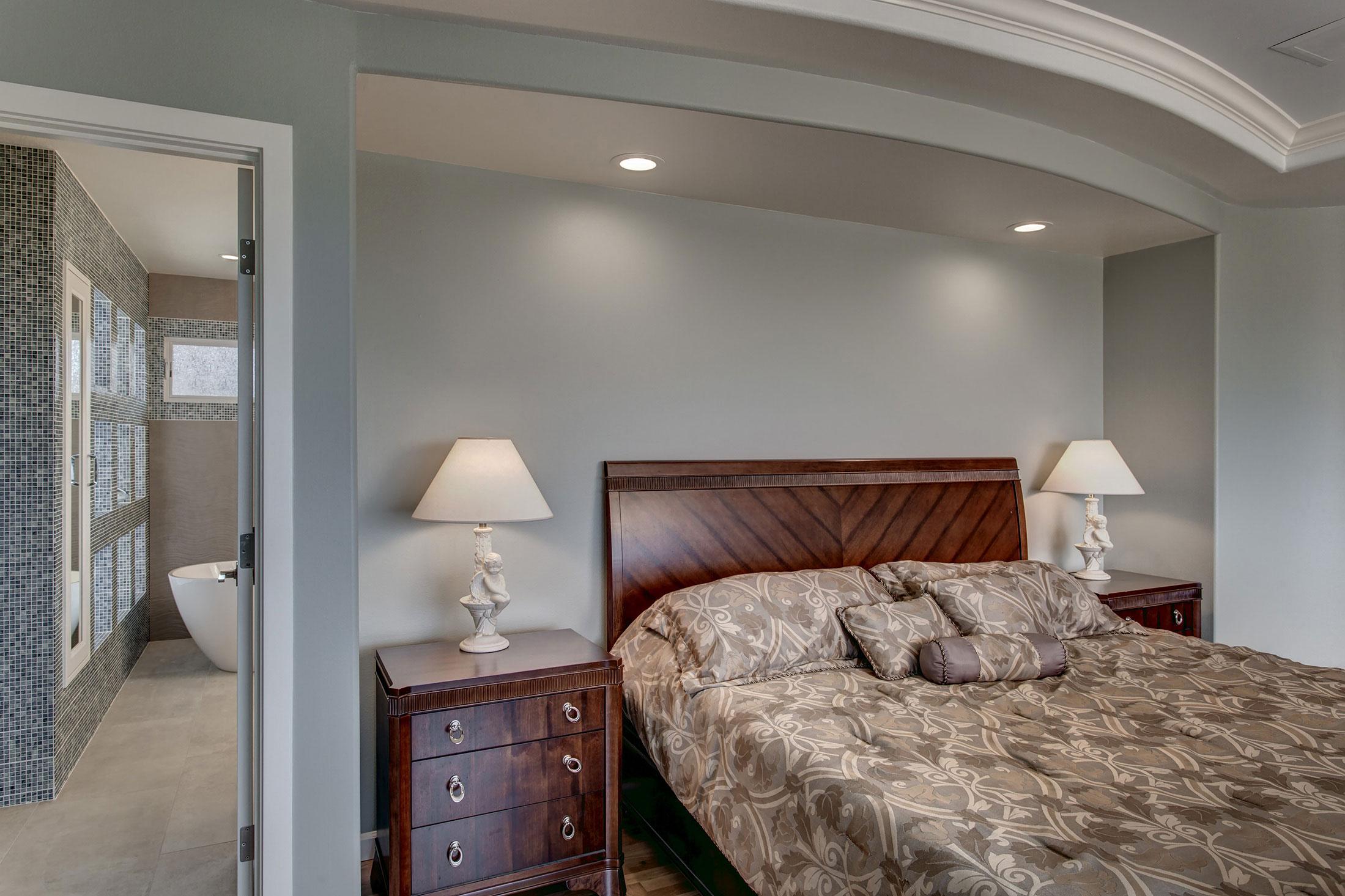 Bedroom01-min