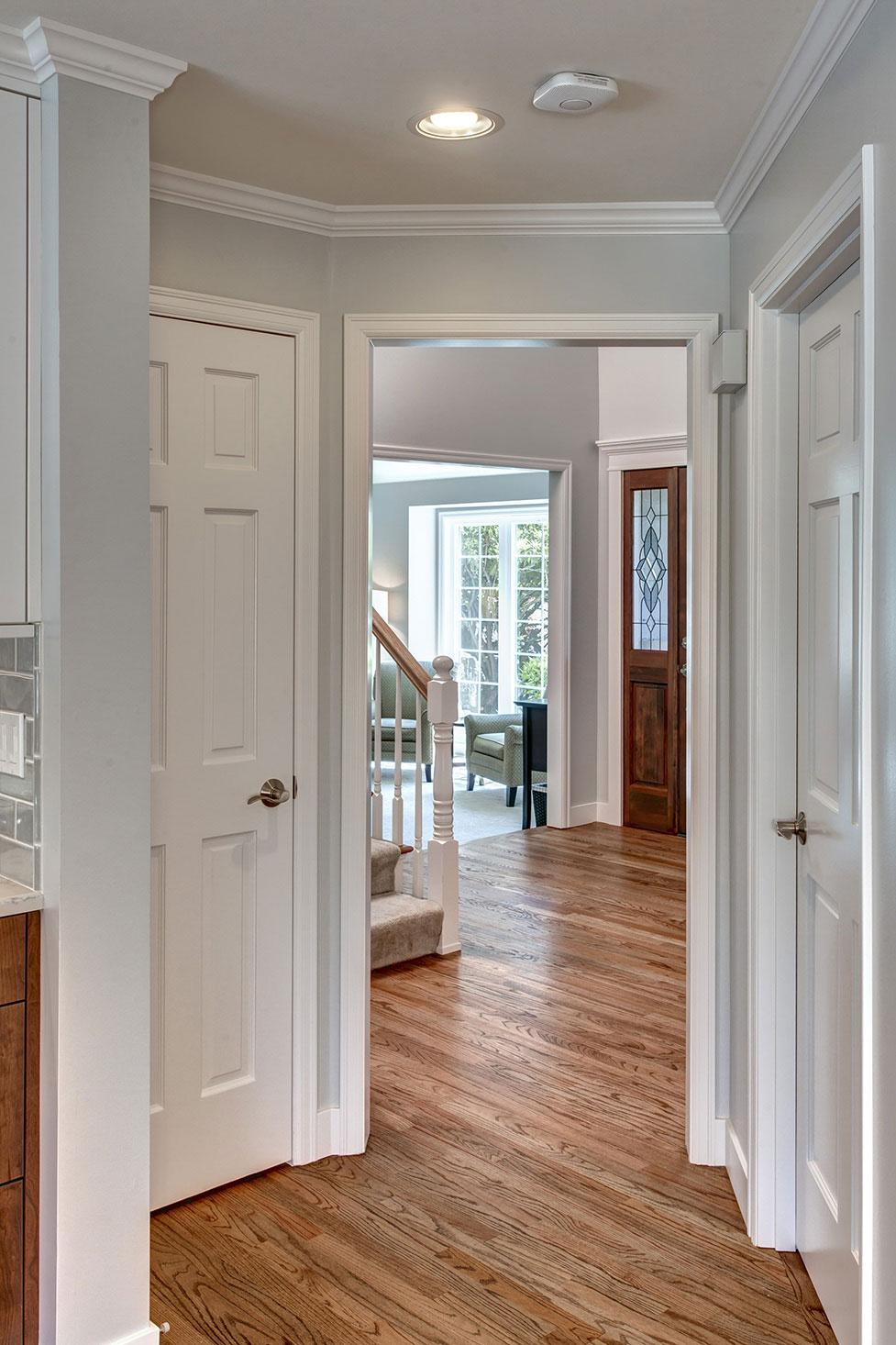 Hallway01-min