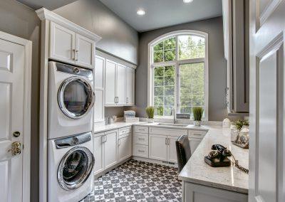 Sammamish Laundry Room